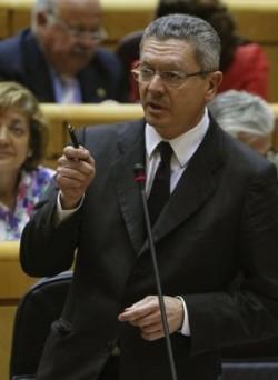 Alberto-Ruiz-Gallardon-Justicia-Senat-EFE_ARAIMA20140624_0164_14